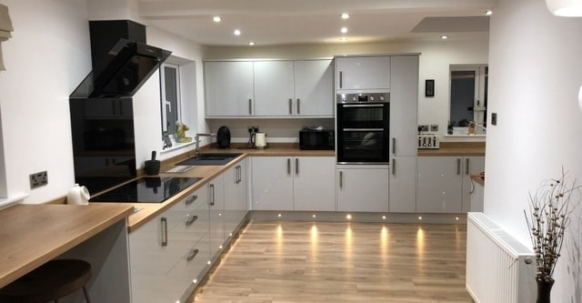 southport kitchen fitters joiners